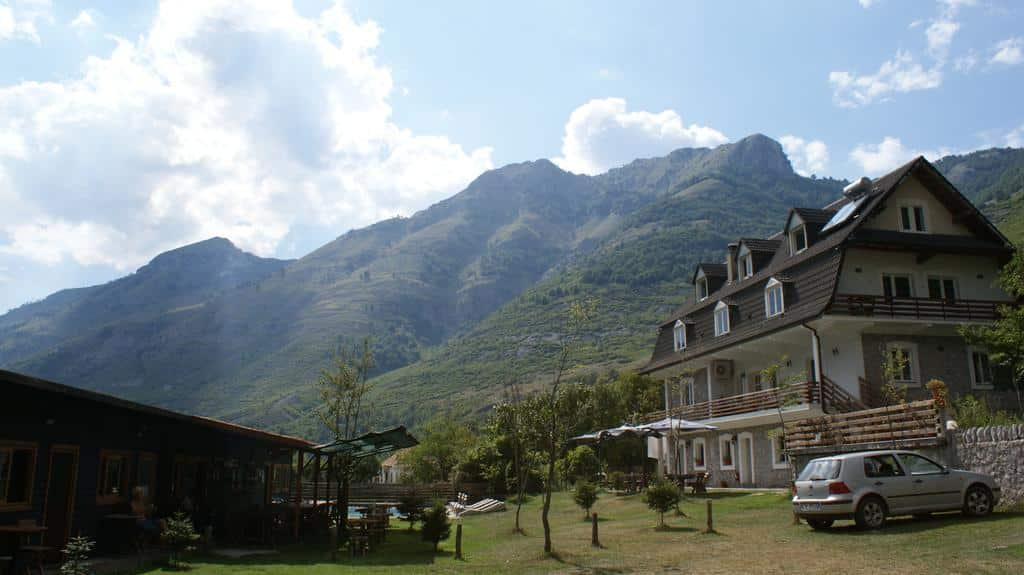 boga alpine resort 1